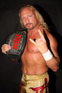 Jerry Lynn, ROH World Champion in 2009.